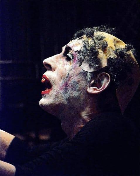 David Noir en Piaf le chien capturé par Monsieur GAC au cabaret Le SECRET dirigé par Monsieur K