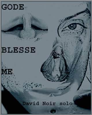 Gode Blesse Me | Une sodomie en place publique | Visuel © David Noir | 2004