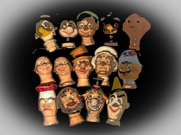 Moi je construis des marionnettes... © David Noir